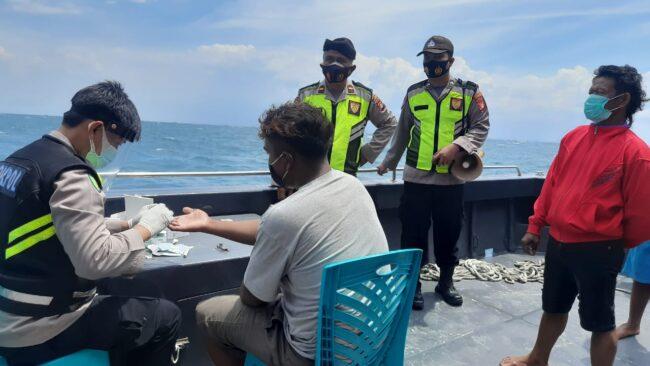 Tim Pemburu Covid 19 Polres Kep Seribu Rapid Test Wisatawan Pulau Untung Jawa 114