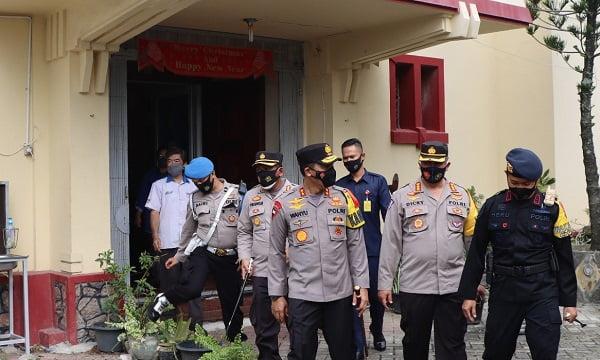 Kapolda Aceh Tinjau Pos Pengamanan dan Pelayanan Operasi Lilin di Banda Aceh 113