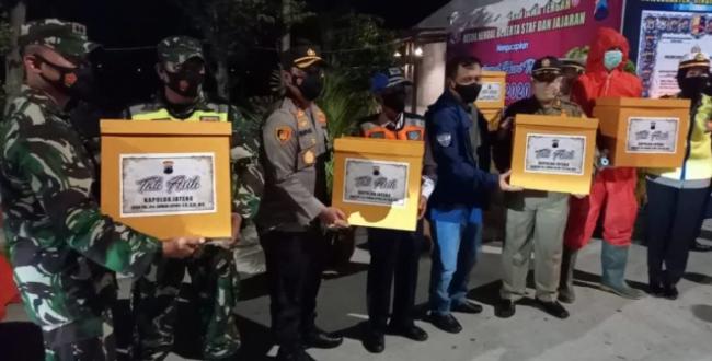 Pastikan Nataru Berjalan Aman dan Lancar, Kapolda Jateng Laksanakan Monitoring Kesiapsiagaan Petugas Pos Pam Nataru 113