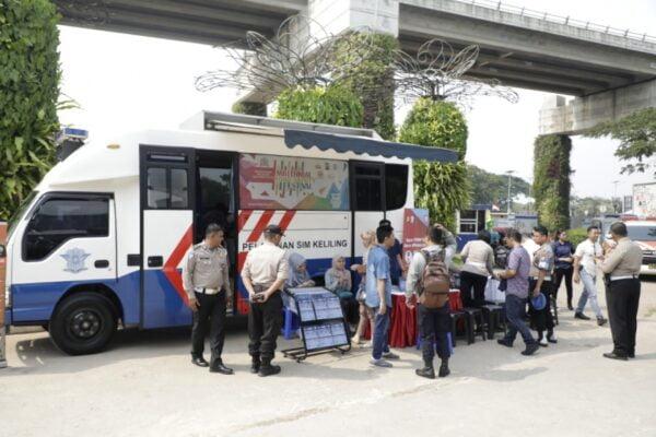 Perpanjangan SIM, Polri Menyiapkan Layanan SIM Keliling Jakarta-Bandung untuk Besok 113
