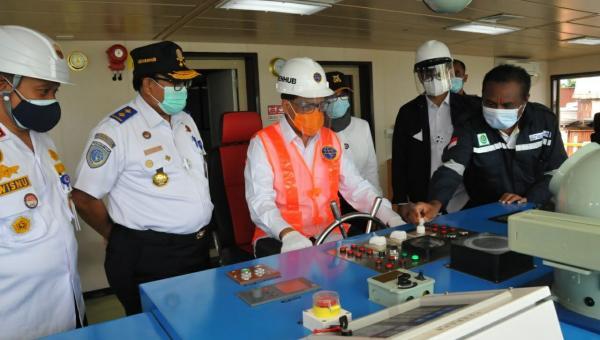 Dukung Program Tol Laut, Menhub Lepas Kapal Perintis Sabuk Nusantara 88 113