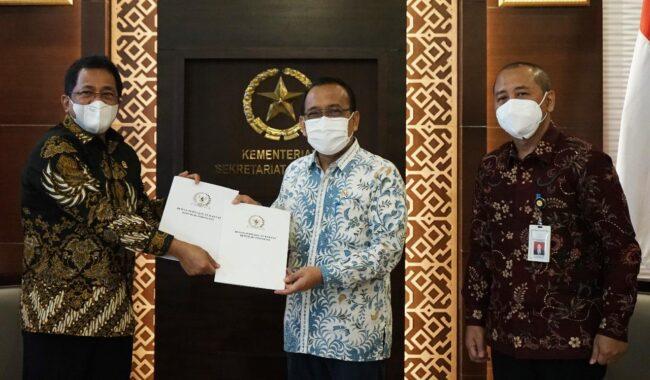 Mensesneg Terima Surat Persetujuan DPR Terhadap Nama Calon Kapolri & Anggota Dewas LPI 111