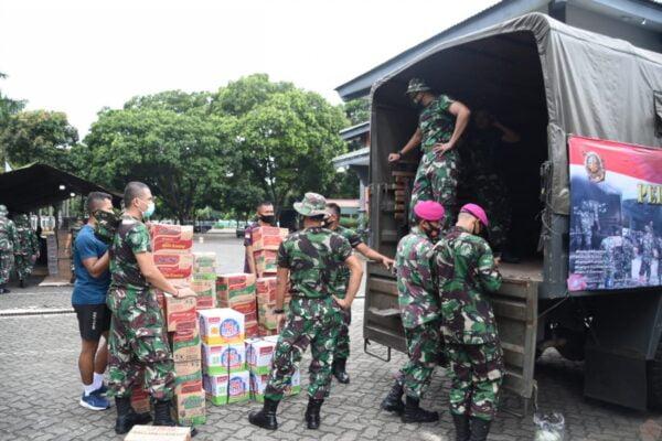Korps Marinir TNI AL Kirimkan Bantuan Logistik Ke Majene Dan Mamuju 111