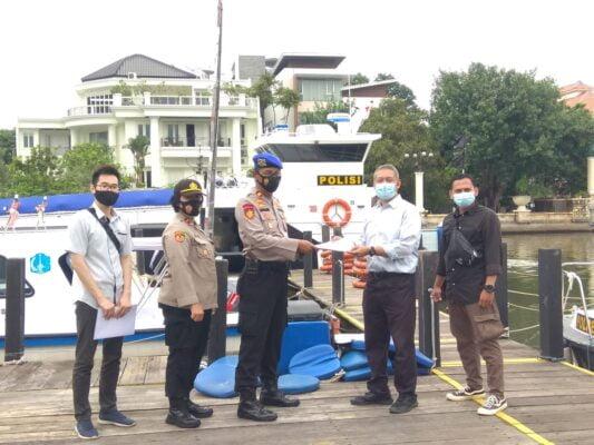 Polair Polres Kep Seribu  Terima Bantuan Kapal Patroli Dari Slog Mabes Polri 113