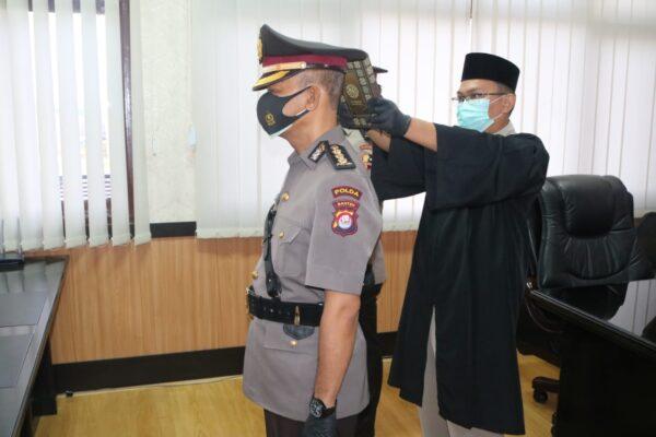 Penerapan Prokes, Wakapolda Pimpin Sertijab Kabid Dokes Polda Banten 114