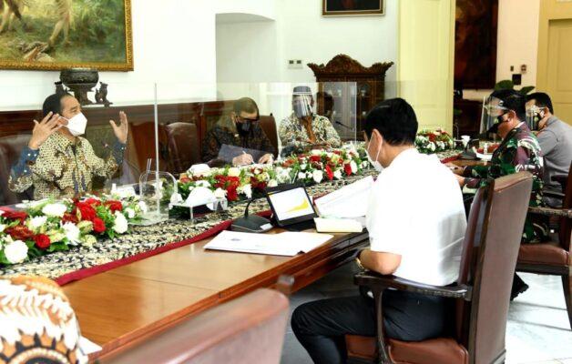 Presiden Jokowi Minta Implementasi Konkret dari PPKM 113