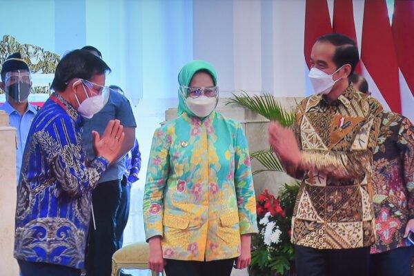 Presiden Jokowi: Pengendalian Laju Penyebaran Virus Jadi Prioritas Utama 113