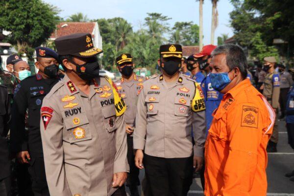 Antisipasi Bencana Alam di Kabupaten Lebak, Kapolda Banten Cek Kesiapan 103