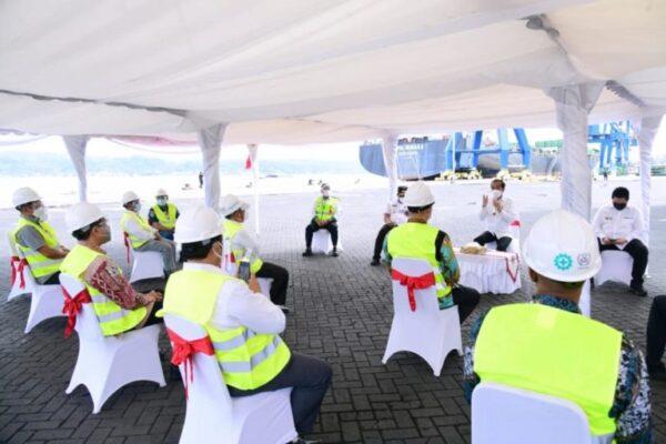 Kunjungi Pelabuhan Yos Sudarso, Presiden Berdialog dengan Pelaku Usaha Perikanan 113
