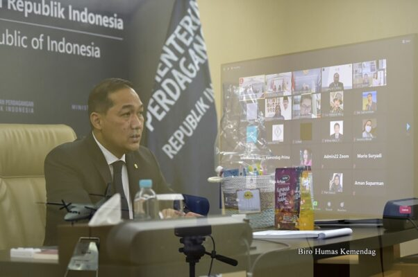 Lepas Ekspor Perdana HIPMI, Mendag : Langkah Awal Menduniakan Produk Indonesia 113