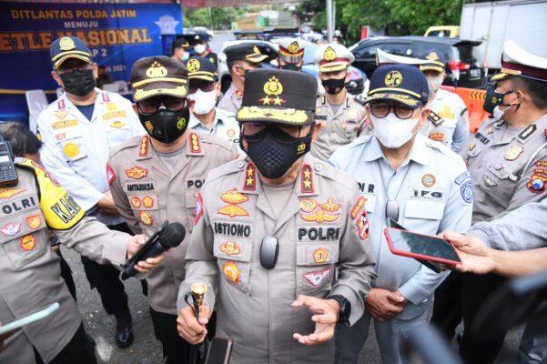 Kakorlantas Pastikan Titik Penyekatan di Jawa Timur Sudah Siap 113