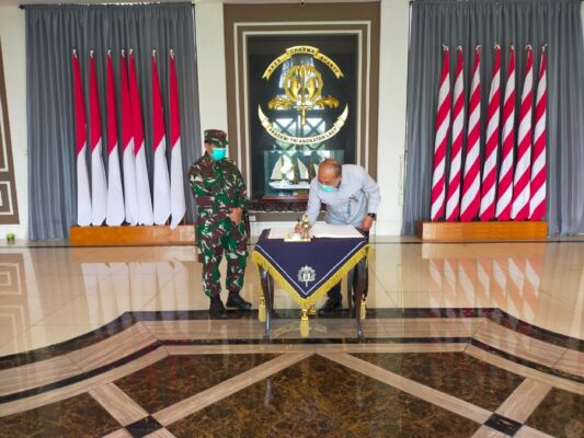 Wagub AAL Terima Kunjungan Kerja Kabiro Personel TNI Polri Sesmilpres 113
