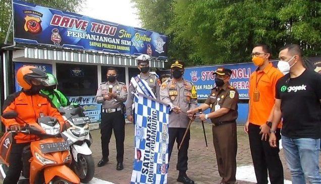 Launching Layanan Dribe Thru Polresta Bandung Permudah Perpanjangan SIM 113