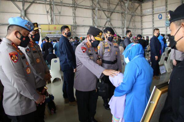 Kapolri Tawarkan Anak Prajurit Awak Nanggala 402 Jadi Polisi 113