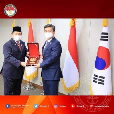 Menhan Prabowo Siap Membangun Hubungan Kerjasama Pertahanan yang Lebih Kuat dengan Republic of Korea 113