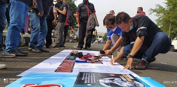 Forum Jurnalis Ciamis Melawan: STOP !!! KEKERASAN TERHADAP JURNALIS 114
