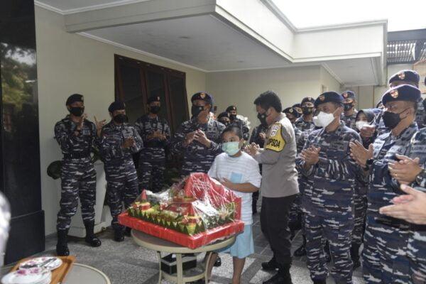 Kaskoarmada II Berikan Kejutan Ulang Tahun Untuk Kapolda Jatim 113