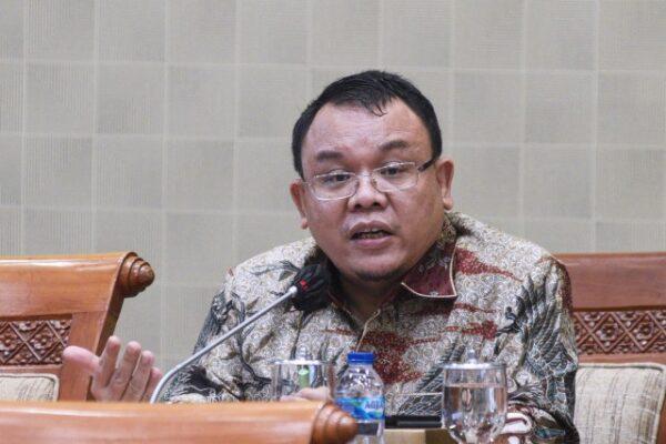 Saleh Daulay Dukung Pelaporan 21 juta Data Ganda Penerima Bansos ke KPK 113