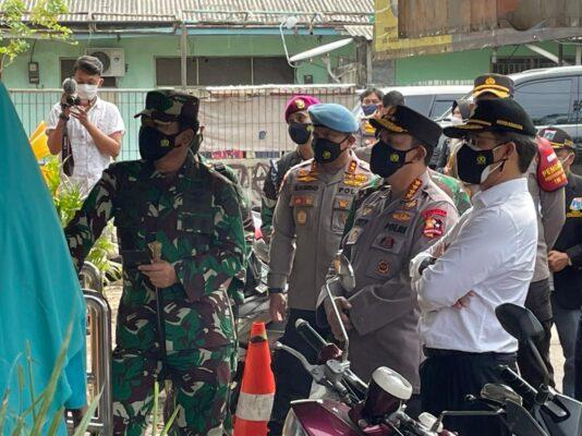 Panglima TNI Dan Kapolri Sidak PPKM Di Tiga Lokasi DKI Jakarta 113