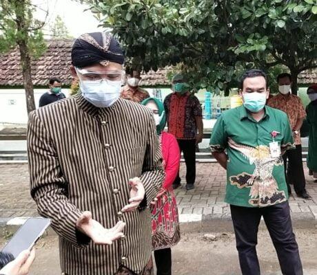 Tinjau RSUD, Gubernur Jateng Apresiasi Kesiapan Kabupaten Blora Antisipasi Lonjakan Covid-19 113