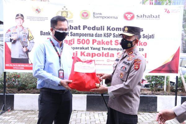 Kapolda Sumsel Terima Bantuan Paket Sembako dari Bank Sahabat Sempurna Palembang 113
