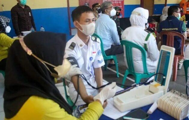 Gelar Vaksinasi Merdeka Bupati Jeje Sasar Pelajar di Pangandaran 114