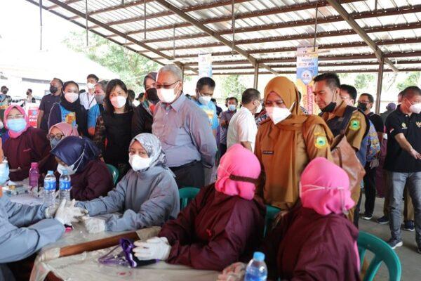 Bupati Tinjau Vaksinasi Ganesha Parahyangan Di Tiga Lokasi 113